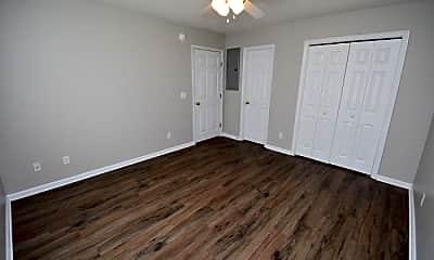 Bathroom, 271 Sheridan Forest Rd, 2