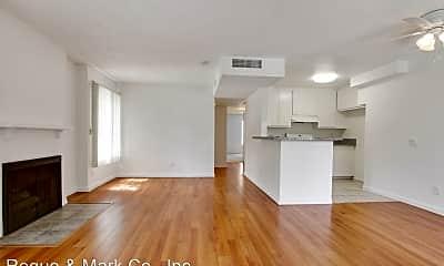 Living Room, 3685 Watseka Ave, 0