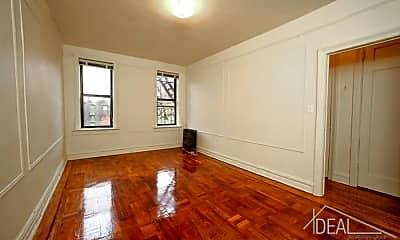 Living Room, 7419 Ridge Blvd, 1