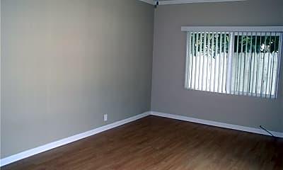 Bedroom, 713 S Glenoaks Blvd, 1