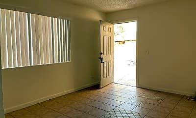 Living Room, 3006 E Garfield St E, 1