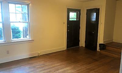 Bedroom, 524 S Pugh St, 1