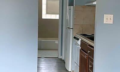 Kitchen, 4325 W 95th St, 2