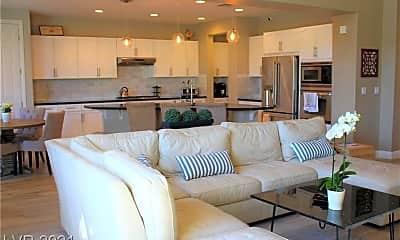 Living Room, 1347 Panini Dr, 1