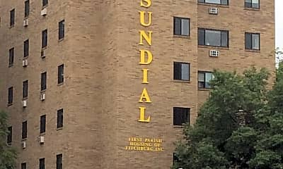 The Sundial Apartments, 1