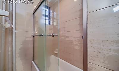 Bathroom, 286 W 127th St 6, 2
