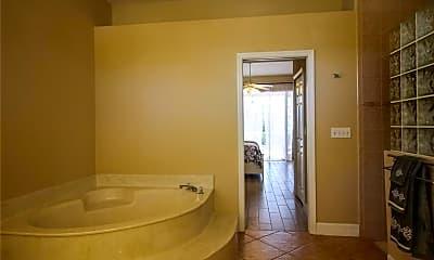 Bathroom, 928 SE 33rd St, 2