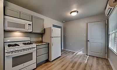 Kitchen, 307 W 4th St, 1