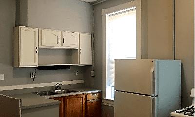 Kitchen, 3135 Chippewa St, 1