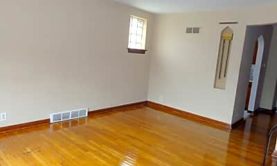Living Room, 4112 S Compton Ave, 1