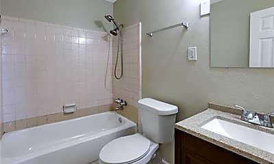 Bathroom, 1013 Carmadelle St, 2