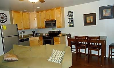 Kitchen, 1233 Esplanade Ave, 1