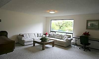 Living Room, Rivergreen Estates Apartments, 1
