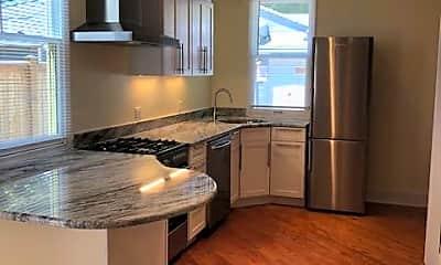 Kitchen, 121 6th St SE 1B, 1