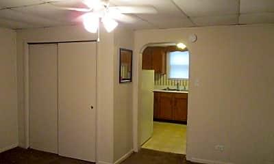 Bedroom, 710 S Main St, 2