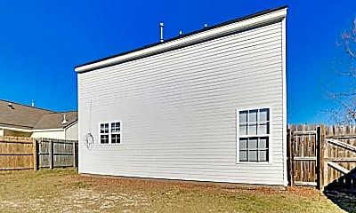Building, 213 Barnevelder Dr, 2