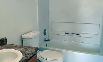 Bathroom, 2702 N Dodge Blvd 2, 2