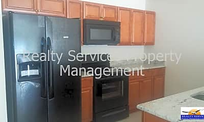 Kitchen, 717 Nicholas Pkwy W, 2