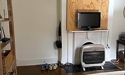 Living Room, 427 N Limestone, 1
