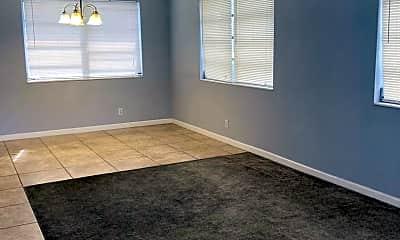 Bedroom, 5211 Hollywood Blvd, 1