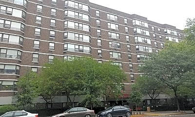 Red Oak Apartments, 0