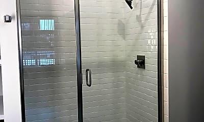 Bathroom, Village 21, 2