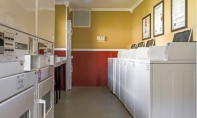 Kitchen, Gateway on 4th, 2