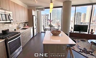 Kitchen, 724 W Couch Pl, 1