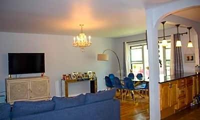 Living Room, 6 Wooleys Ln A18, 2