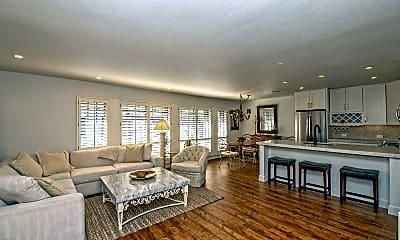 Living Room, 5205 N 24th St 205, 1