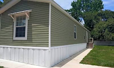 Building, 18118 US-41 68-A, 1