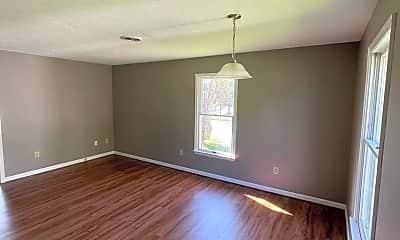 Living Room, 907 N Royal Ave B, 0