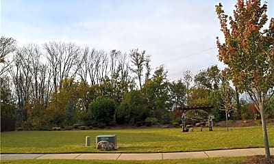 1708 SW Riverstone Rd, 2