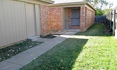 Building, 10251 Maverick Dr, 2
