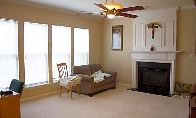 Living Room, 601 Crescendo Dr, 1