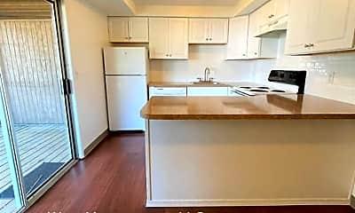 Kitchen, 2815 E 19th St, 1