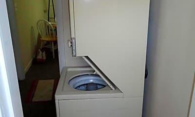 Bathroom, 5922 Berwyn Rd, 2