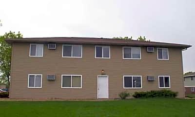 Westdale Court Apartments, 2