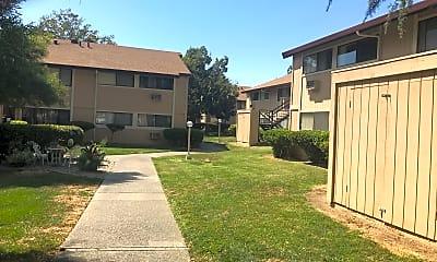 Cranbrook Apartments, 0