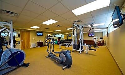 Fitness Weight Room, 901 N Upper Broadway 402, 2
