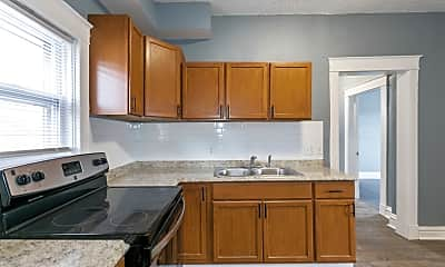 Kitchen, 2107 Linwood Blvd, 1