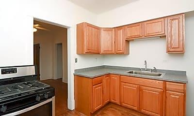 Kitchen, 2835 W Byron St, 1
