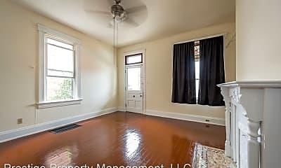 Living Room, 2326 Stratford Ave, 1
