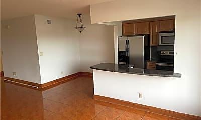 Kitchen, 7910 Taft St 305, 1