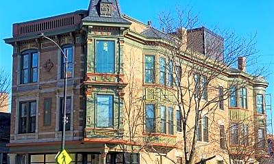 Building, 4101 N Western Ave, 1