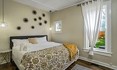 Bedroom, 520 W Pikes Peak Ave, 2