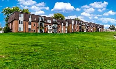 Building, Greens Lake Apartments, 1