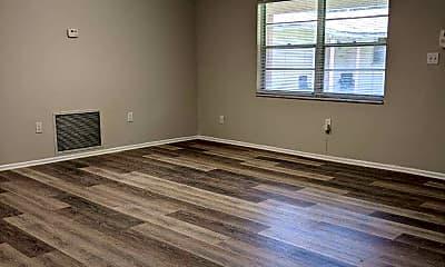Living Room, 2147 Franklin St, 1