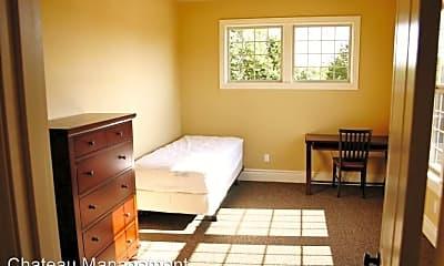 Living Room, 3804 SW West Hills Rd, 2