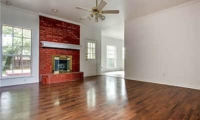 Living Room, 1024 Heath Cir, 1